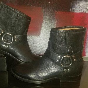 FRYE Portia Harness Short Women's Black Boots